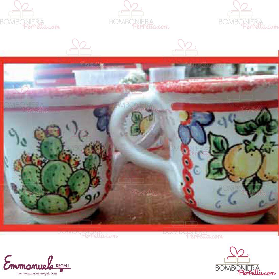 tazzina_con_piattino_decoro_carretto_ceramica_le_ceramiche_di_nonna_rosa_emmanueleregali_bombonieraperfetta.jpg (1100×1100)